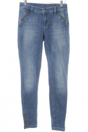 Mac Stretch Jeans dunkelblau Street-Fashion-Look