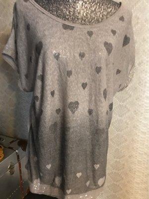 Made in Italy Shirt Gr 42 mit Herzen