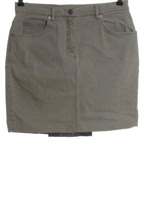 Madeleine Denim Skirt light grey embroidered lettering casual look
