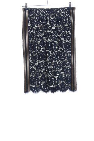 Madeleine Falda de encaje azul look casual