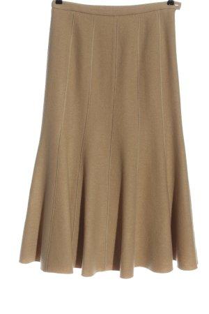 Madeleine Falda de lana marrón look casual