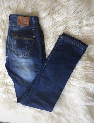Madonna Jeans