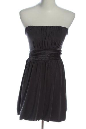 Madonna Vestido strapless negro elegante