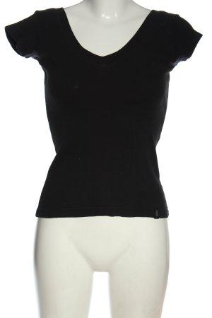 Madonna Camisa con cuello V negro look casual