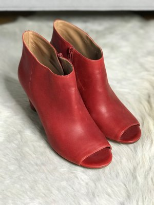 Maison Martin Margiela Peep Toe Booties red leather