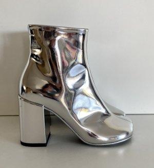 Maison Margiela Stiefeletten Gr. 37 silber spiegelnd Tabi coated Boots