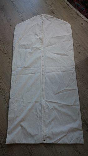Maison Martin Margiela Pokrowiec na ubrania biały