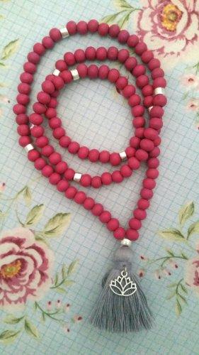 Collana di perle argento-rosso lampone