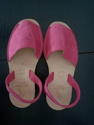 Sandalias para uso en exteriores rosa Cuero