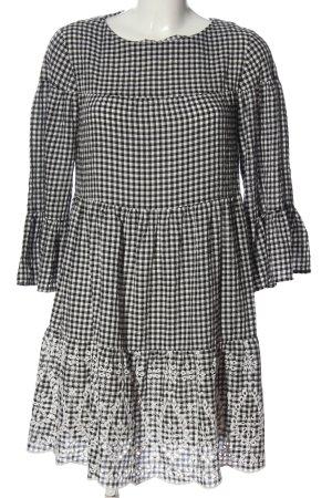 Malvin Blusenkleid schwarz-weiß Allover-Druck Casual-Look