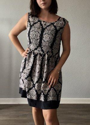 Mandalas Kleid Sommer locker luftig