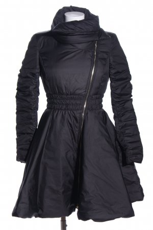Mangano Abrigo acolchado negro look casual