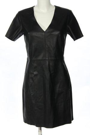Mango casual Vestido de cuero negro look casual