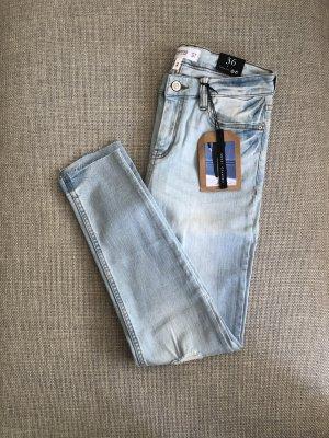 Mango Jeans ISA