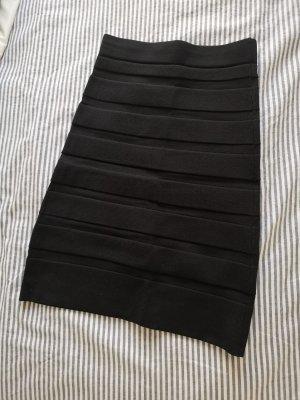 Mango Spódnica ze stretchu czarny