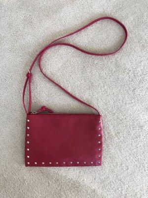 Mango schmale rote Tasche mit Nieten