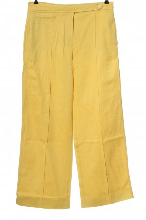 Mango Pantalón tipo suéter amarillo pálido look casual