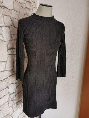 Mango Robe en maille tricotées gris