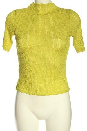 Mango Camisa tejida amarillo pálido look casual
