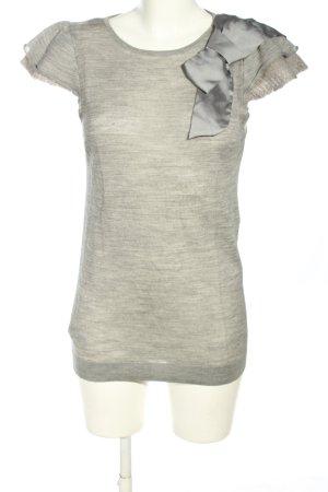 Mango Camisa tejida gris claro moteado look casual