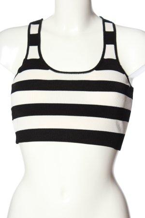 Mango Suit Top recortado negro-blanco look casual