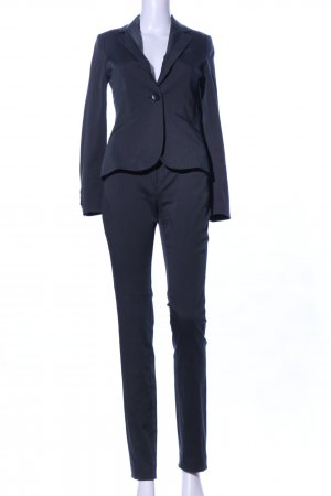 Mango Suit Traje a rayas negro look casual