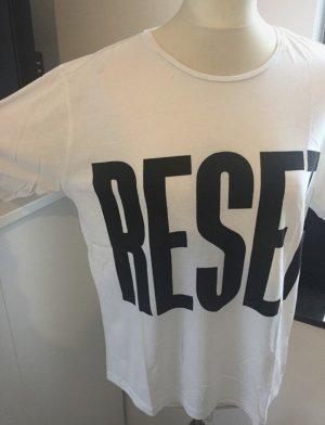 Mango T Shirt weiß mit schwarzen Schriftzug