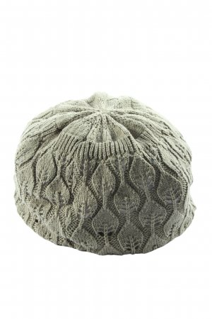 Manguun Crochet Cap green cable stitch casual look