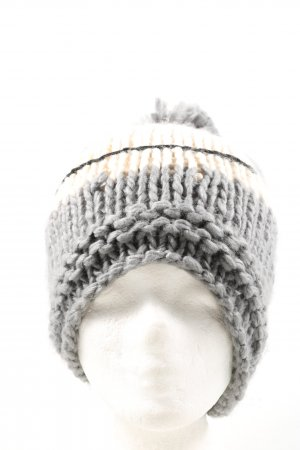 Manguun Bobble Hat cable stitch casual look