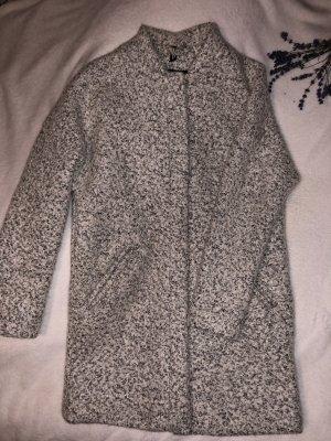 H&M Abrigo acolchado gris