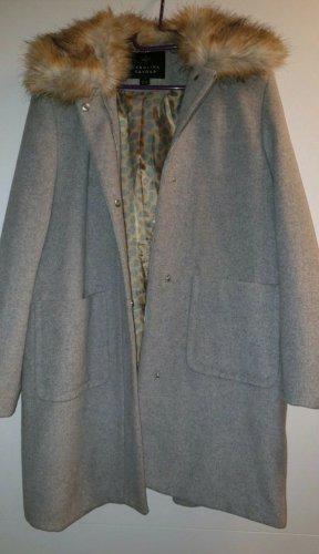 Carolina Cavour Cappotto in eco pelliccia grigio