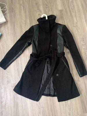 H&M Cappotto corto nero