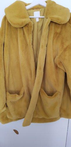 H&M Fake Fur Coat gold-colored