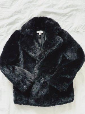 Mantel aus Kunstfell Black Faux Fur Coat von &otherstories