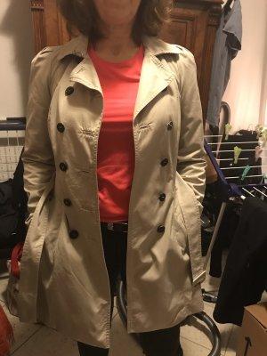 Mantel beige Knopfleiste
