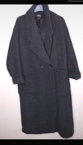 Zara Abrigo ancho negro-gris