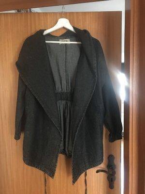 Cappotto con cappuccio blu scuro
