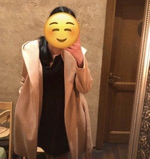Zara Krótki płaszcz w kolorze różowego złota