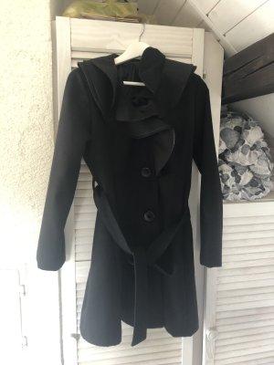 Krótki płaszcz czarny