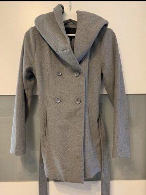 Amisu Wełniany sweter szary
