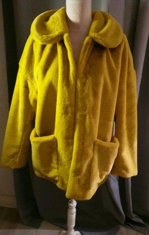 H&M Veste en fausse fourrure jaune