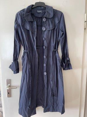 Marynarski płaszcz ciemnoniebieski
