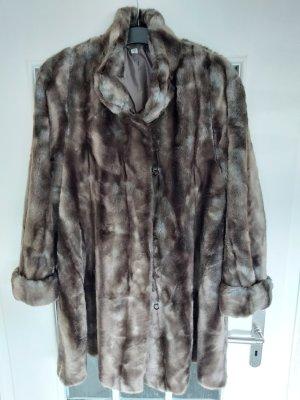 Manteau en fausse fourrure gris-brun