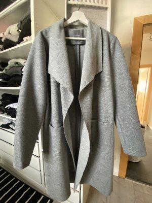Primark Cappotto corto grigio