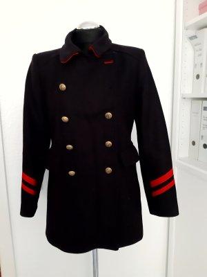 Mantel im Military Stile