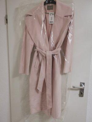 mantel in rosa