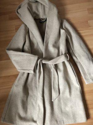 Mantel/Jacke+ Kapuze, kaum getragen, S, zara, beige