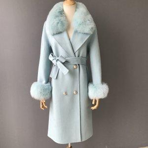 Manteau de fourrure bleu azur cachemire