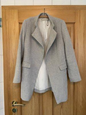 Zara Krótki płaszcz jasnoszary
