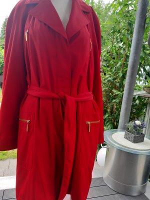 Escada Between-Seasons-Coat red